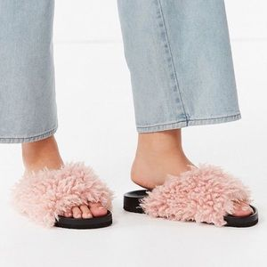 UO Faux Shearling Slides